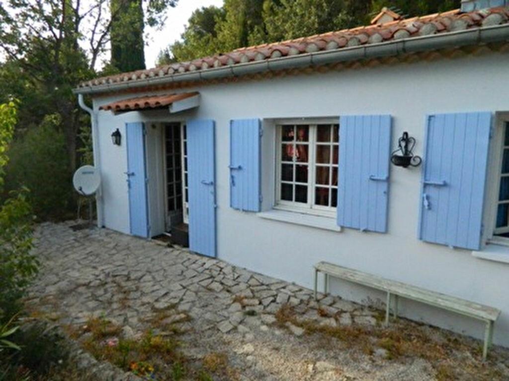 Location Maison 3 pièces à Roquevaire - vignette-1