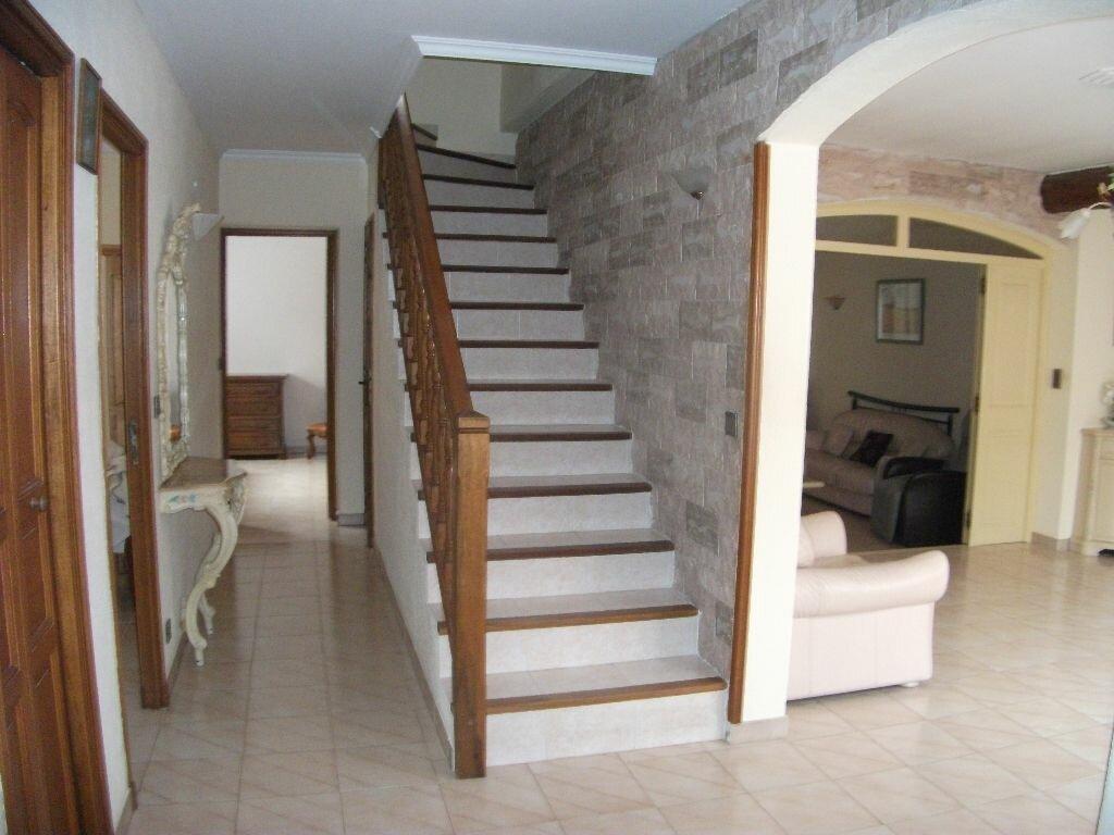 Achat Maison 7 pièces à Gignac-la-Nerthe - vignette-4