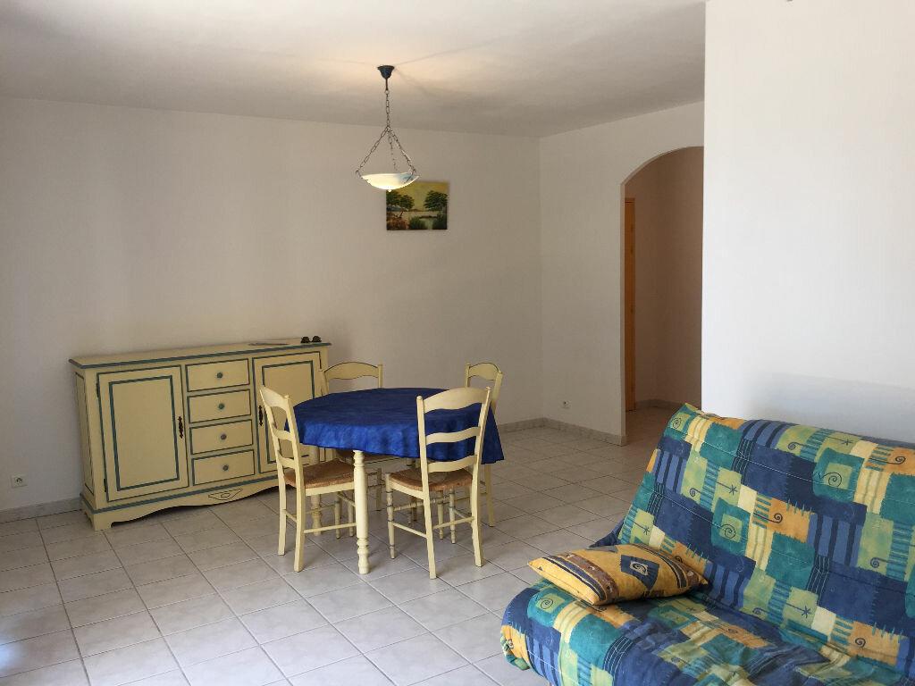 Achat Appartement 2 pièces à Bouc-Bel-Air - vignette-4
