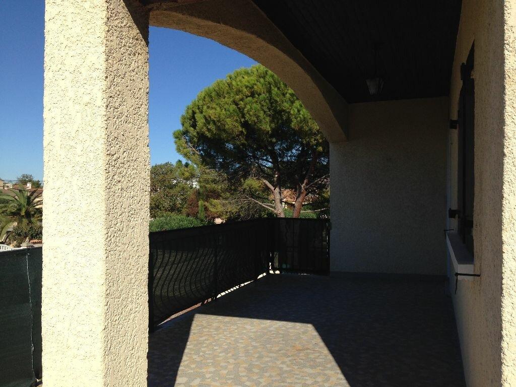 Location Appartement 4 pièces à Marignane - vignette-3