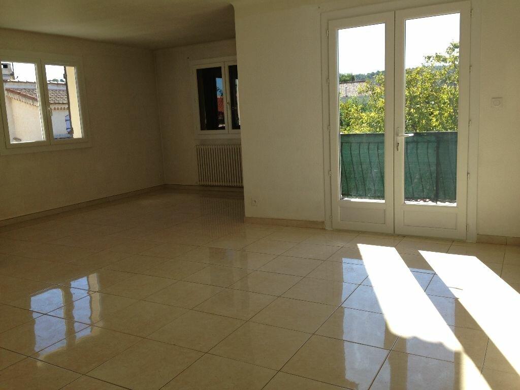 Location Appartement 4 pièces à Marignane - vignette-4