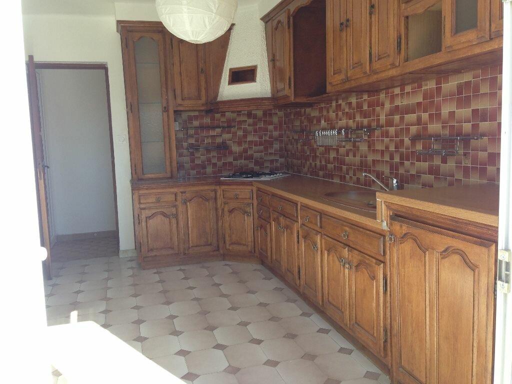 Location Appartement 4 pièces à Marignane - vignette-5