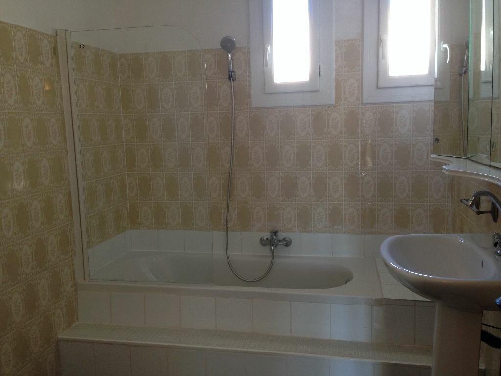 Location Appartement 4 pièces à Marignane - vignette-6