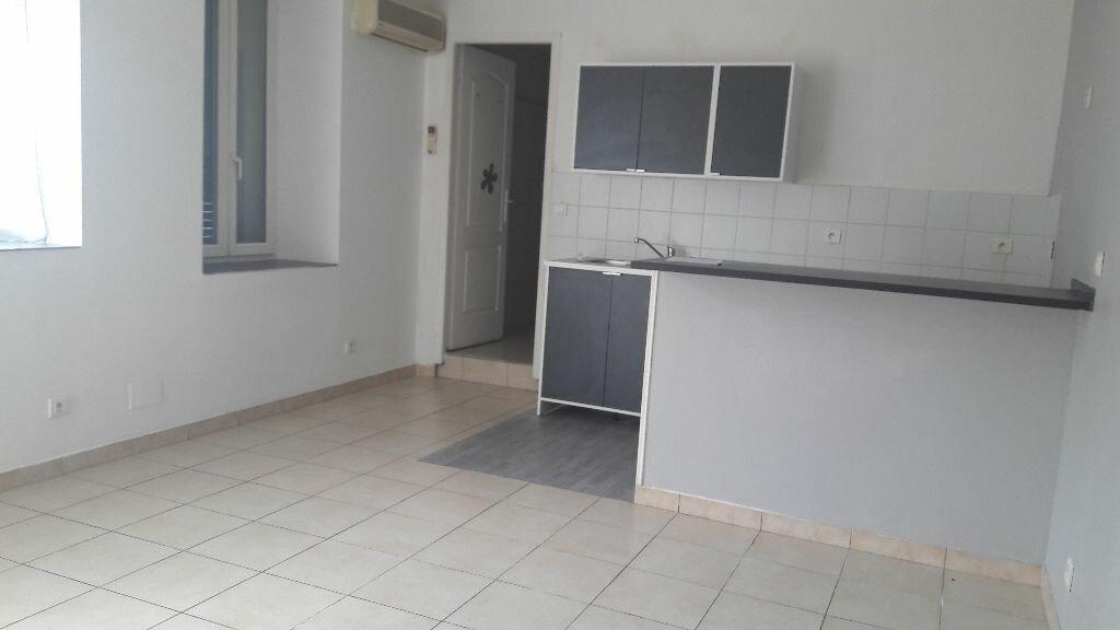 Location Appartement 2 pièces à Carry-le-Rouet - vignette-1