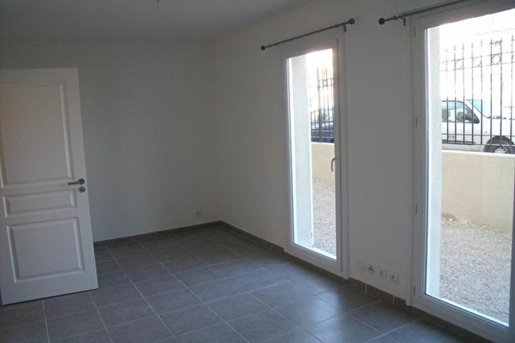 Location Appartement 1 pièce à Marignane - vignette-3