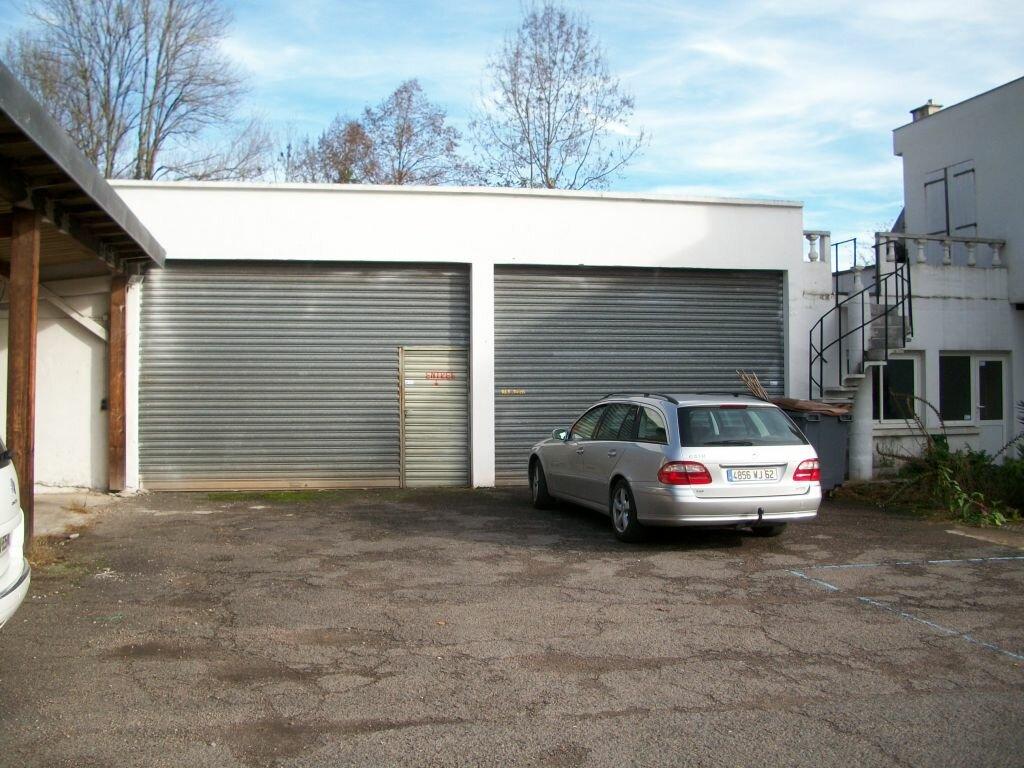 Location Local commercial  à Malemort-sur-Corrèze - vignette-1