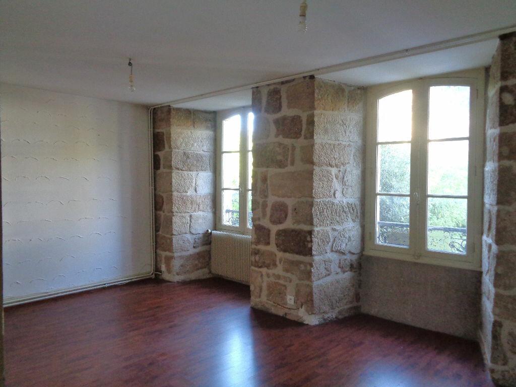 Location Appartement 3 pièces à Brive-la-Gaillarde - vignette-1
