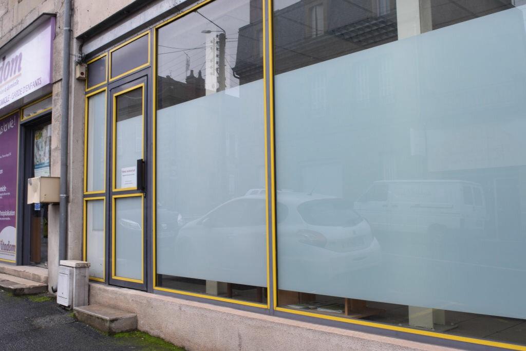 Location Local commercial  à Brive-la-Gaillarde - vignette-2