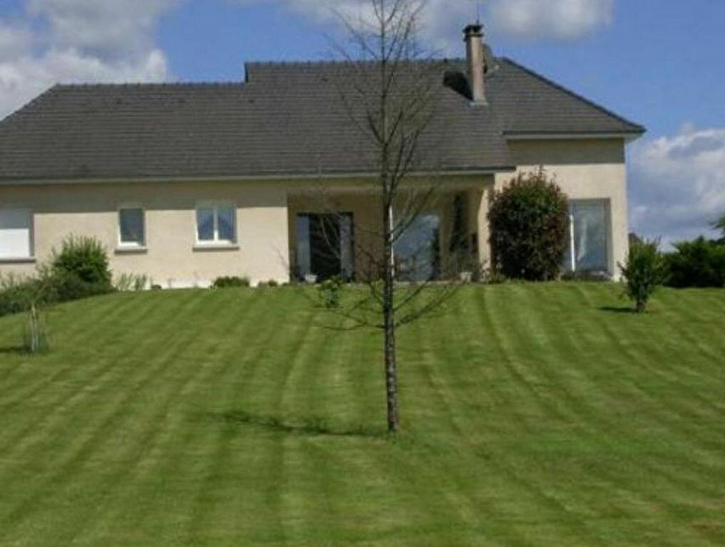 Achat Maison 4 pièces à Saint-Pardoux-l'Ortigier - vignette-1