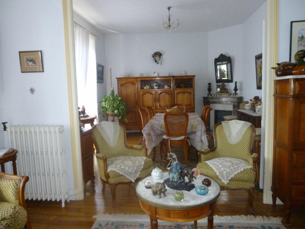 Achat Appartement 5 pièces à Brive-la-Gaillarde - vignette-1