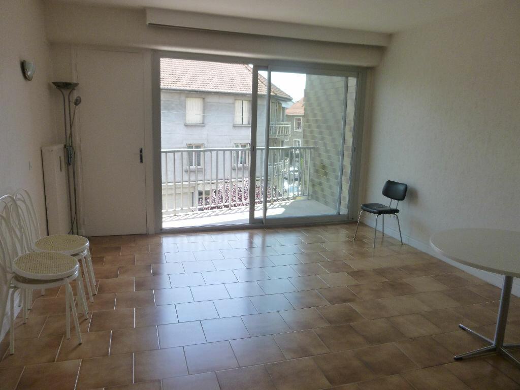 Achat Appartement 1 pièce à Brive-la-Gaillarde - vignette-1