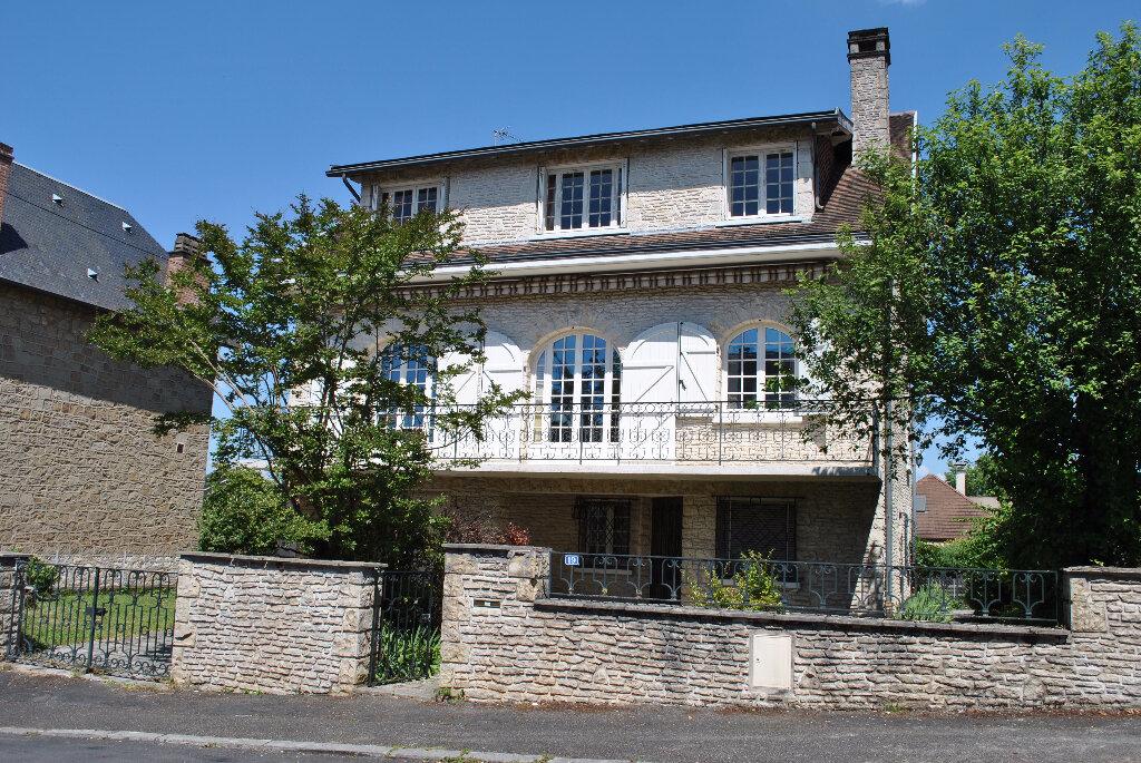 Achat Maison 9 pièces à Brive-la-Gaillarde - vignette-1