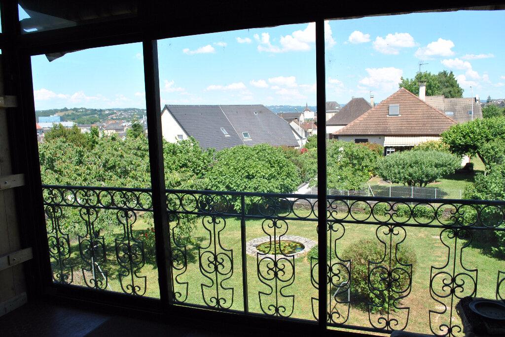 Achat Maison 9 pièces à Brive-la-Gaillarde - vignette-2