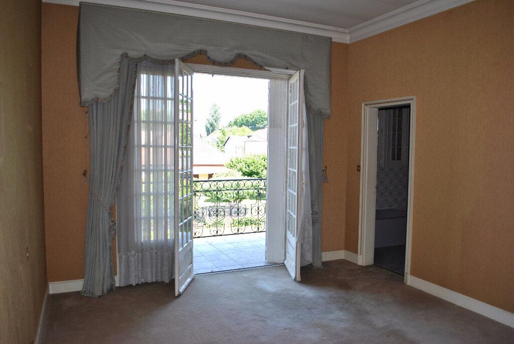 Achat Maison 9 pièces à Brive-la-Gaillarde - vignette-6