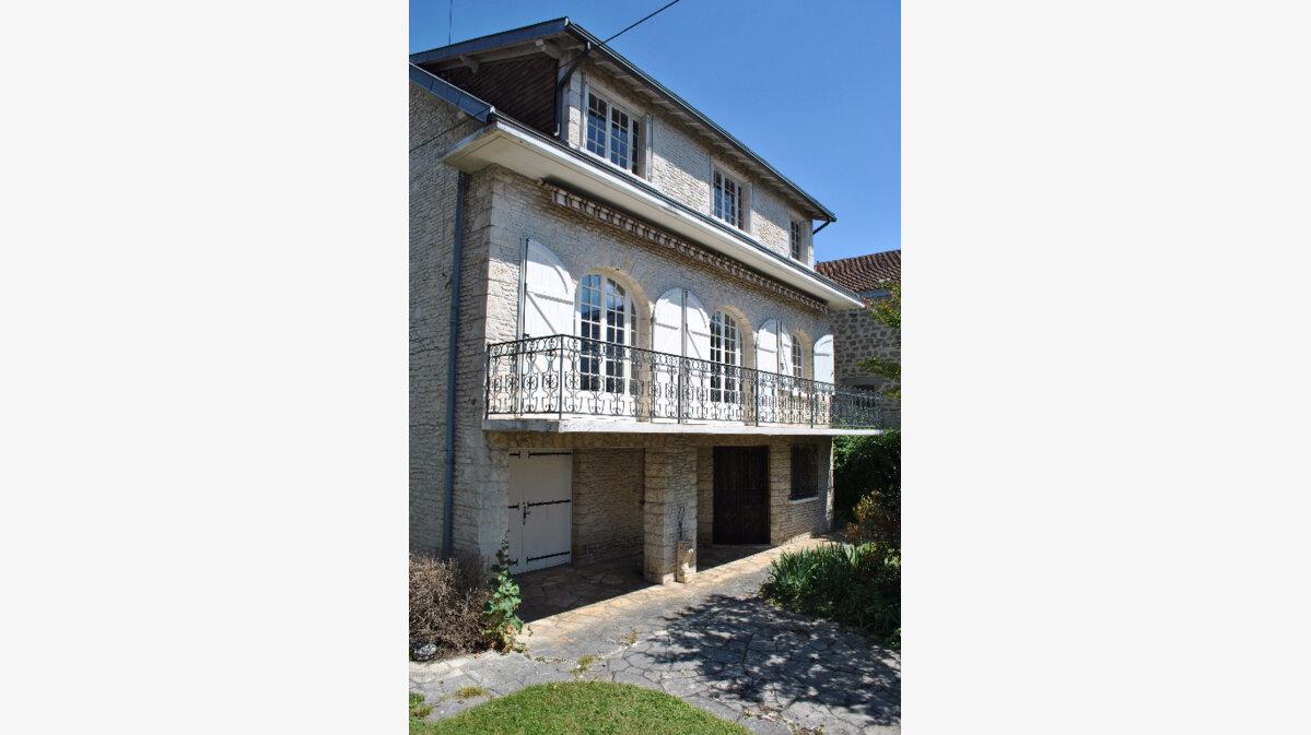 Achat Maison 9 pièces à Brive-la-Gaillarde - vignette-15