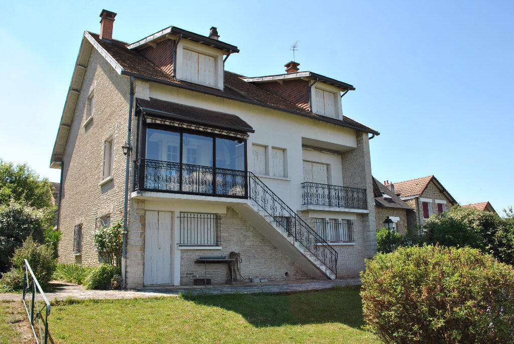 Achat Maison 9 pièces à Brive-la-Gaillarde - vignette-16