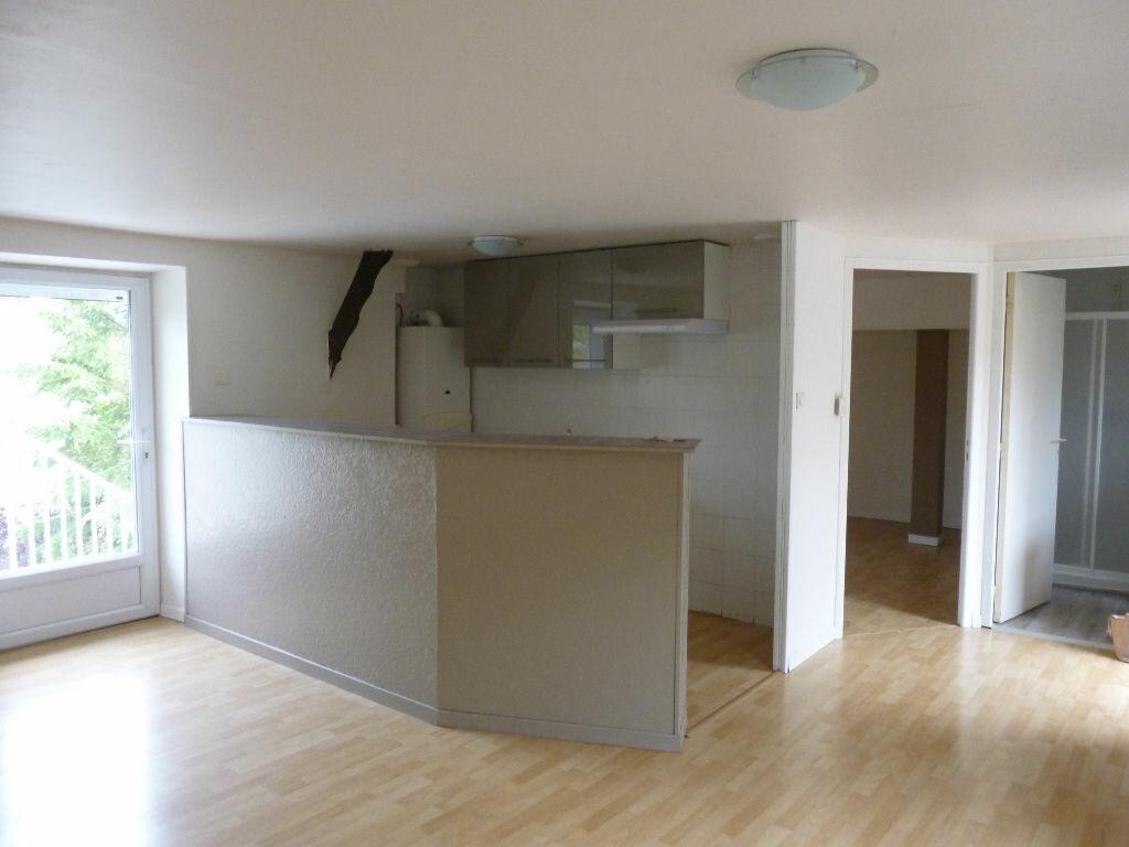Location Maison 2 pièces à Brive-la-Gaillarde - vignette-1