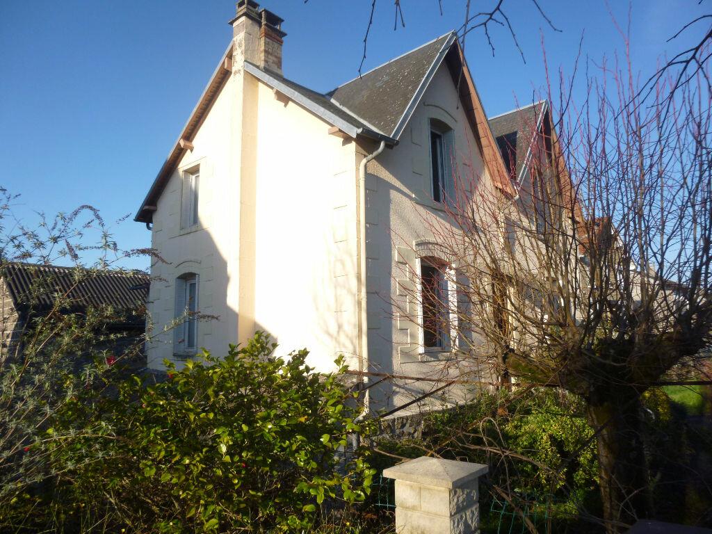 Achat Maison 8 pièces à Brive-la-Gaillarde - vignette-1