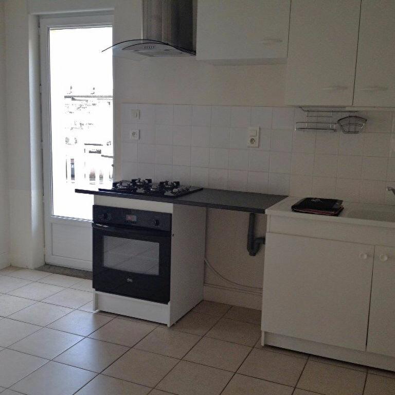 Location Appartement 2 pièces à Brive-la-Gaillarde - vignette-1