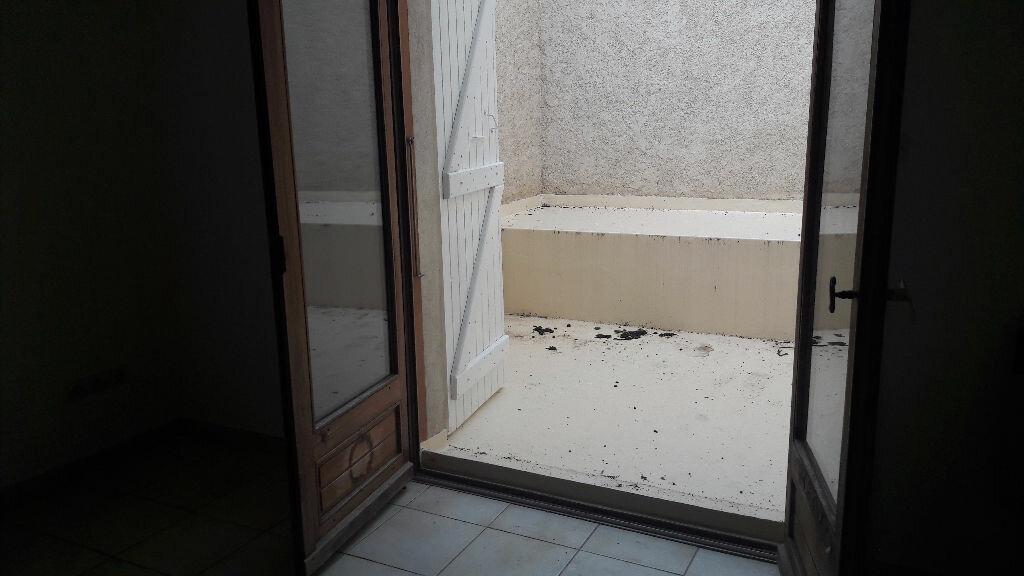 Achat Appartement 2 pièces à Beaumont-de-Lomagne - vignette-2