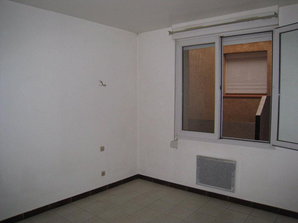 Achat Appartement 3 pièces à Beaumont-de-Lomagne - vignette-4