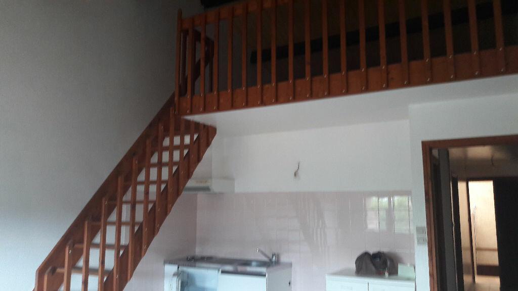 Achat Appartement 2 pièces à Beaumont-de-Lomagne - vignette-1