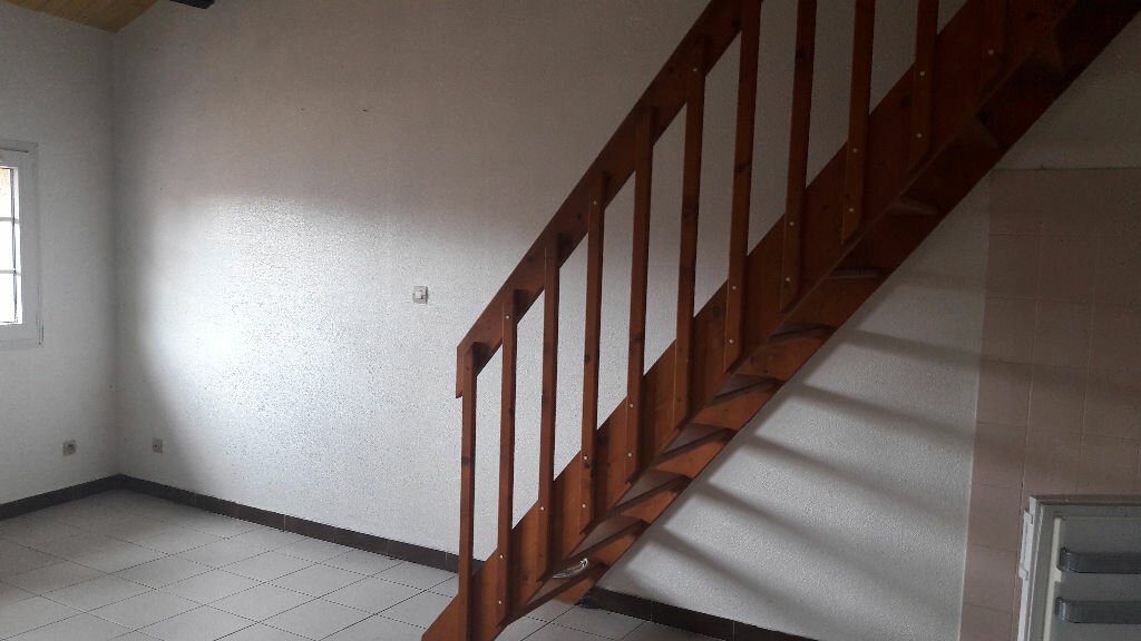 Achat Appartement 2 pièces à Beaumont-de-Lomagne - vignette-3