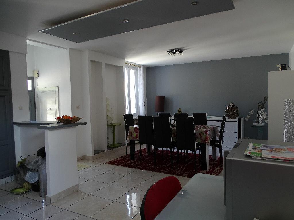 Achat Maison 7 pièces à Saint-Étienne - vignette-1