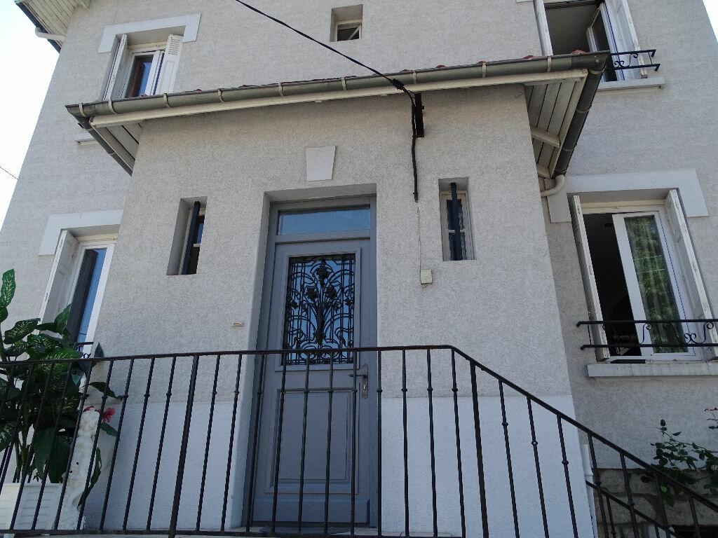 Achat Maison 7 pièces à Saint-Étienne - vignette-18