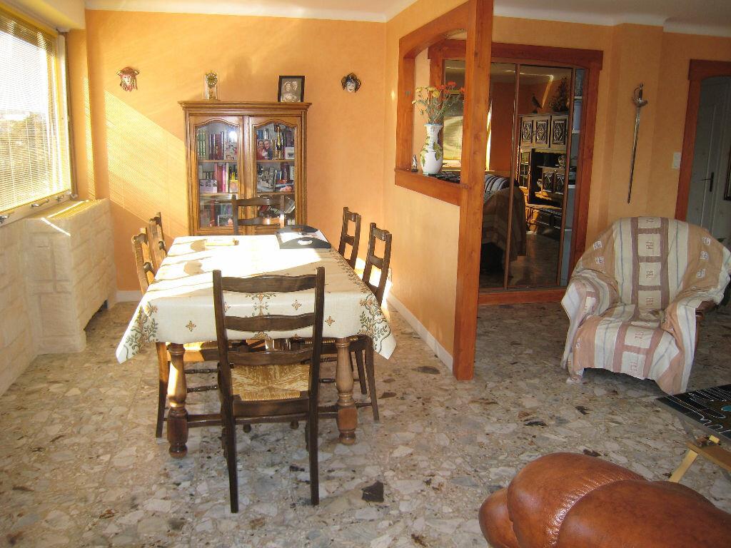 Achat Appartement 4 pièces à Saint-Étienne - vignette-1