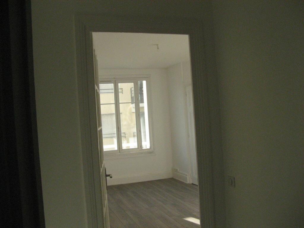 Achat Appartement 3 pièces à Saint-Étienne - vignette-5