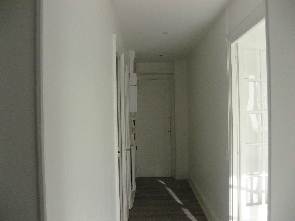 Achat Appartement 3 pièces à Saint-Étienne - vignette-6