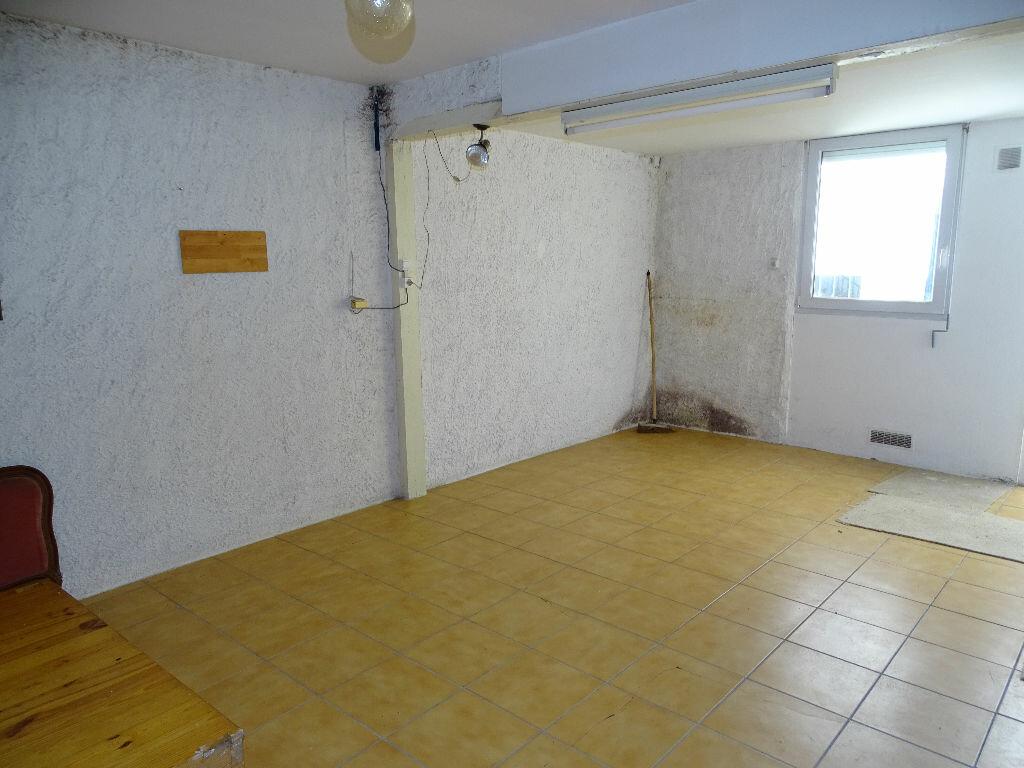 Achat Appartement 5 pièces à Saint-Étienne - vignette-11