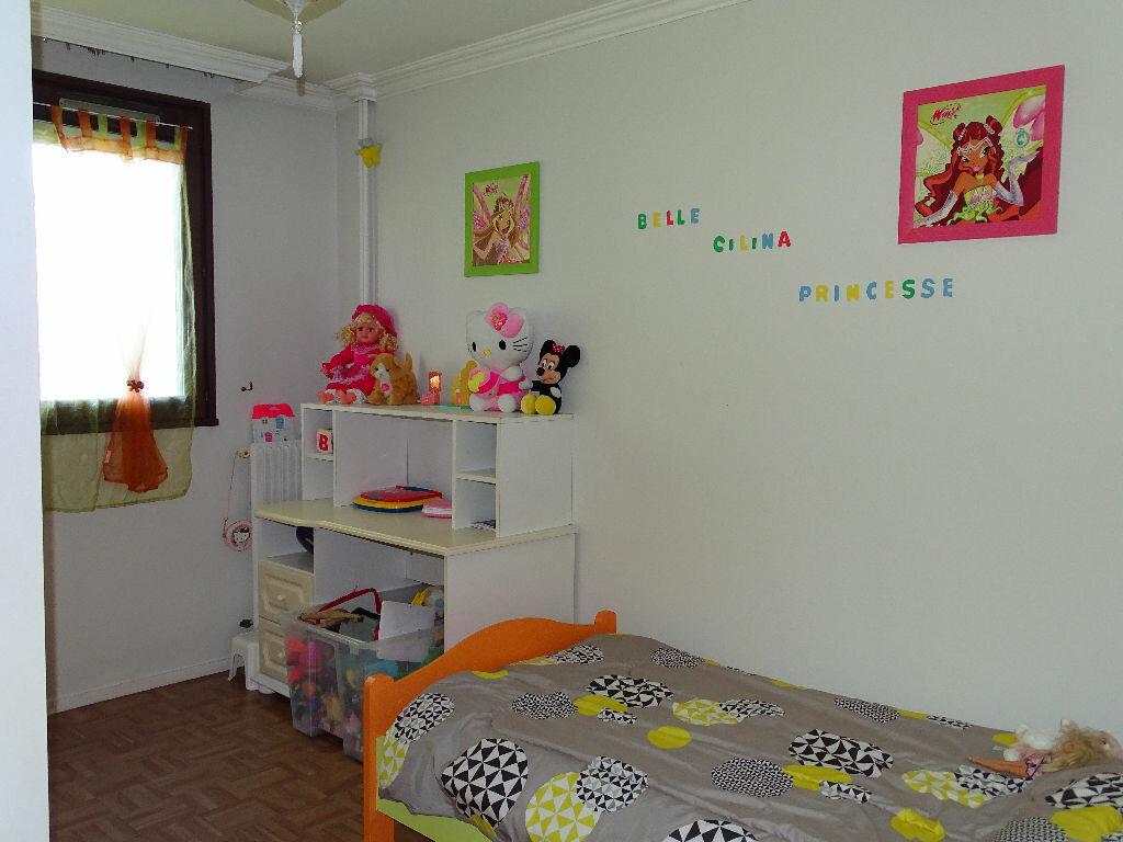 Achat Appartement 5 pièces à Saint-Étienne - vignette-4
