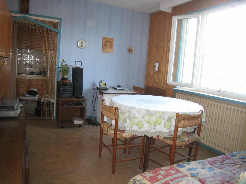 Achat Appartement 3 pièces à Saint-Étienne - vignette-2