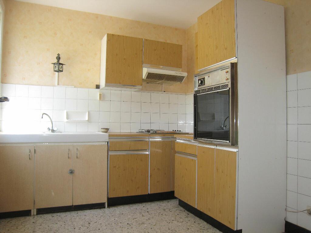 Achat Appartement 4 pièces à Saint-Étienne - vignette-6