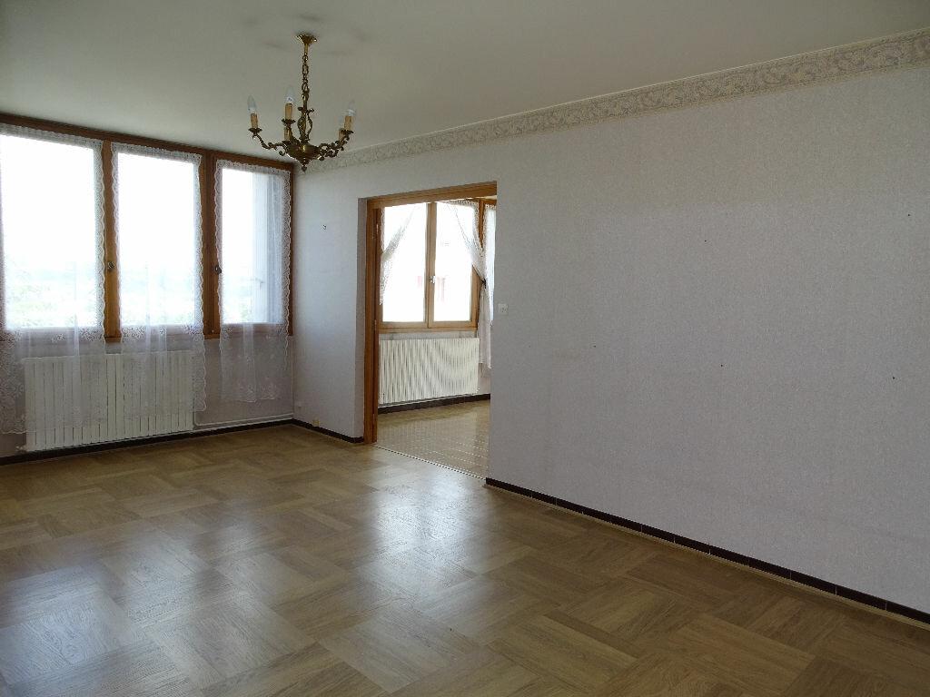 Achat Appartement 4 pièces à Saint-Étienne - vignette-4