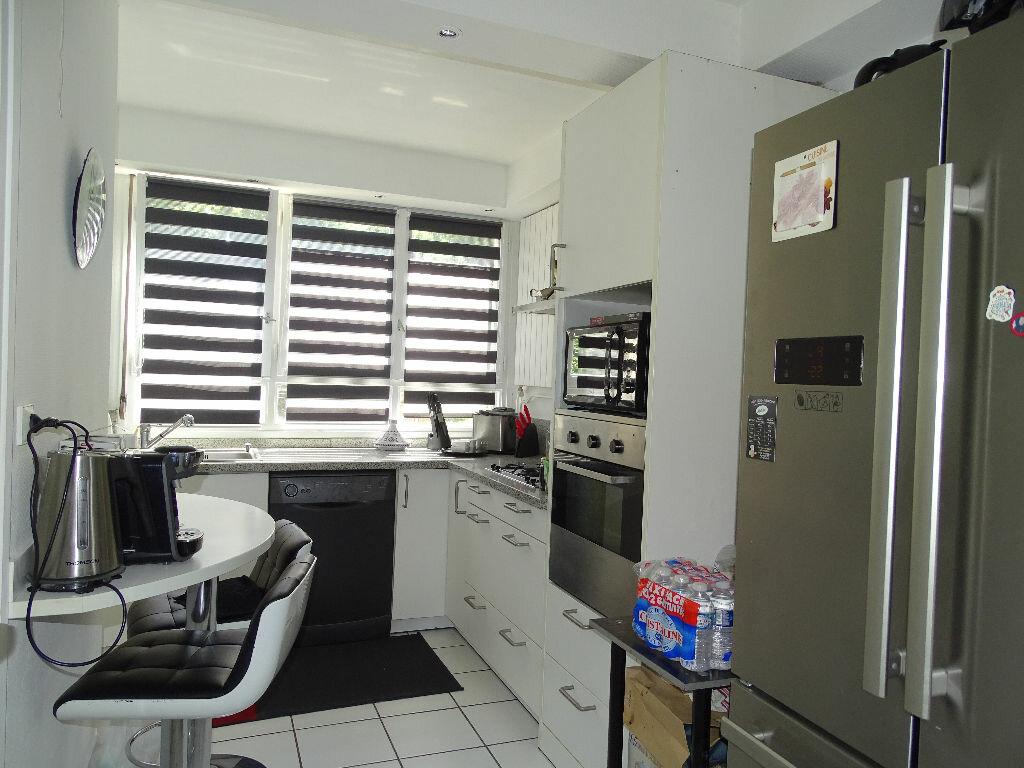 Achat Appartement 5 pièces à Saint-Étienne - vignette-9