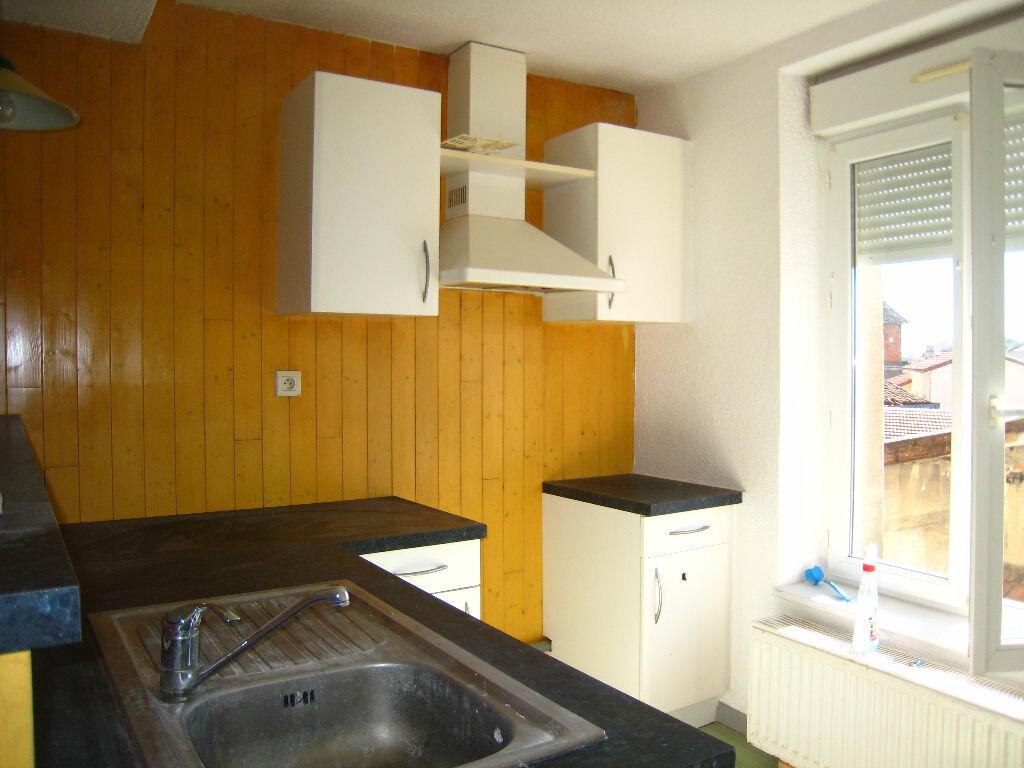 Achat Appartement 2 pièces à Chazelles-sur-Lyon - vignette-1