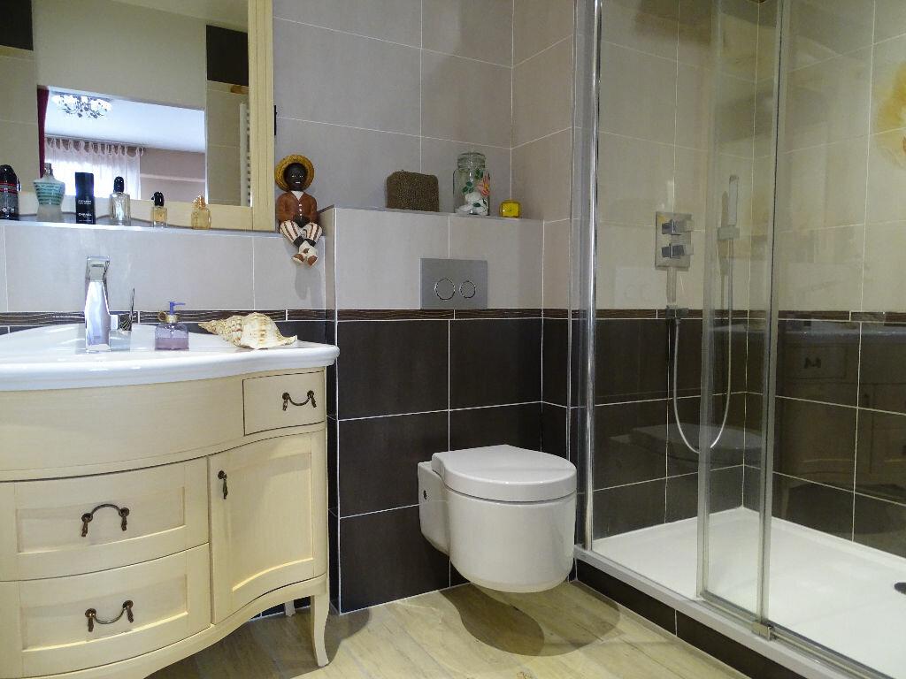 Achat Appartement 6 pièces à Saint-Étienne - vignette-5