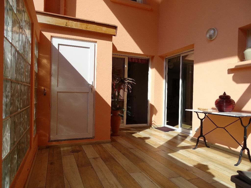 Achat Appartement 6 pièces à Saint-Étienne - vignette-11