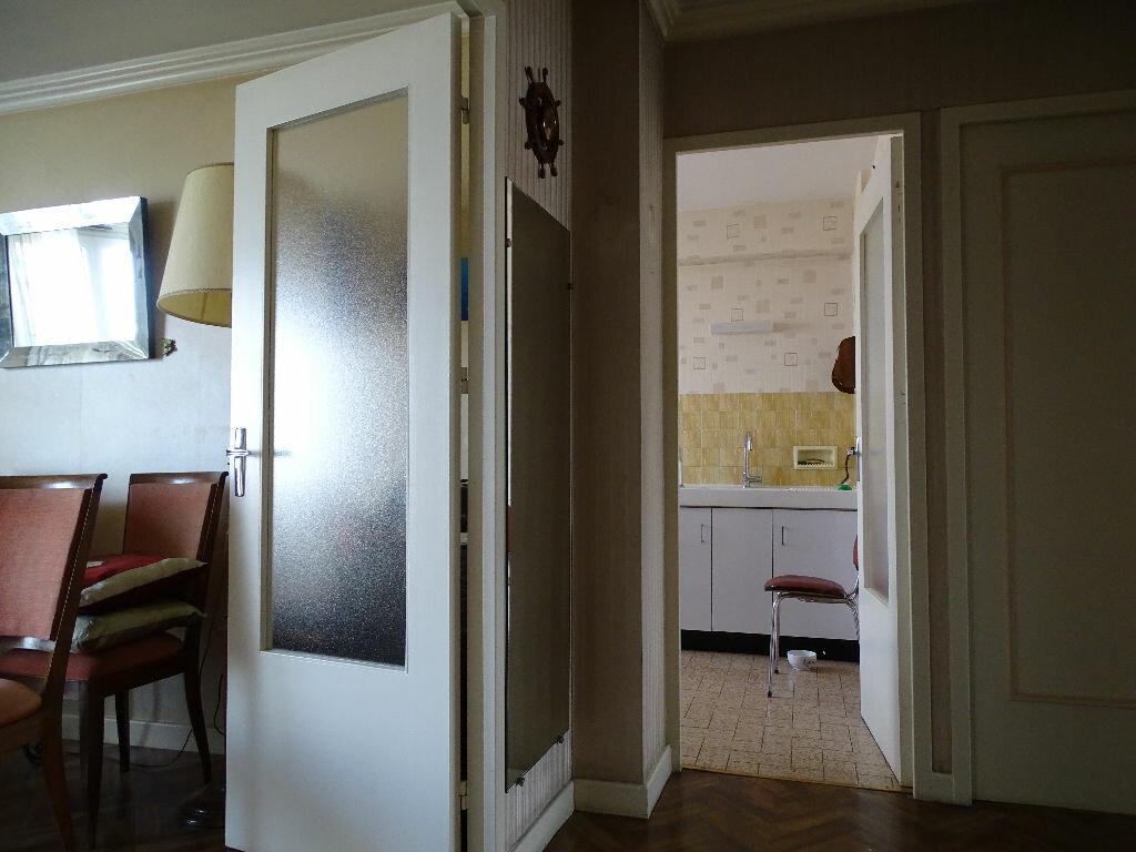 Achat Appartement 3 pièces à Saint-Étienne - vignette-7