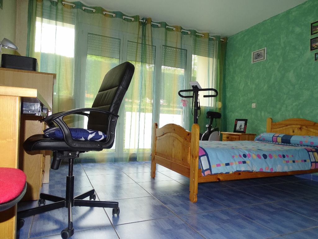 Achat Appartement 5 pièces à Saint-Étienne - vignette-14
