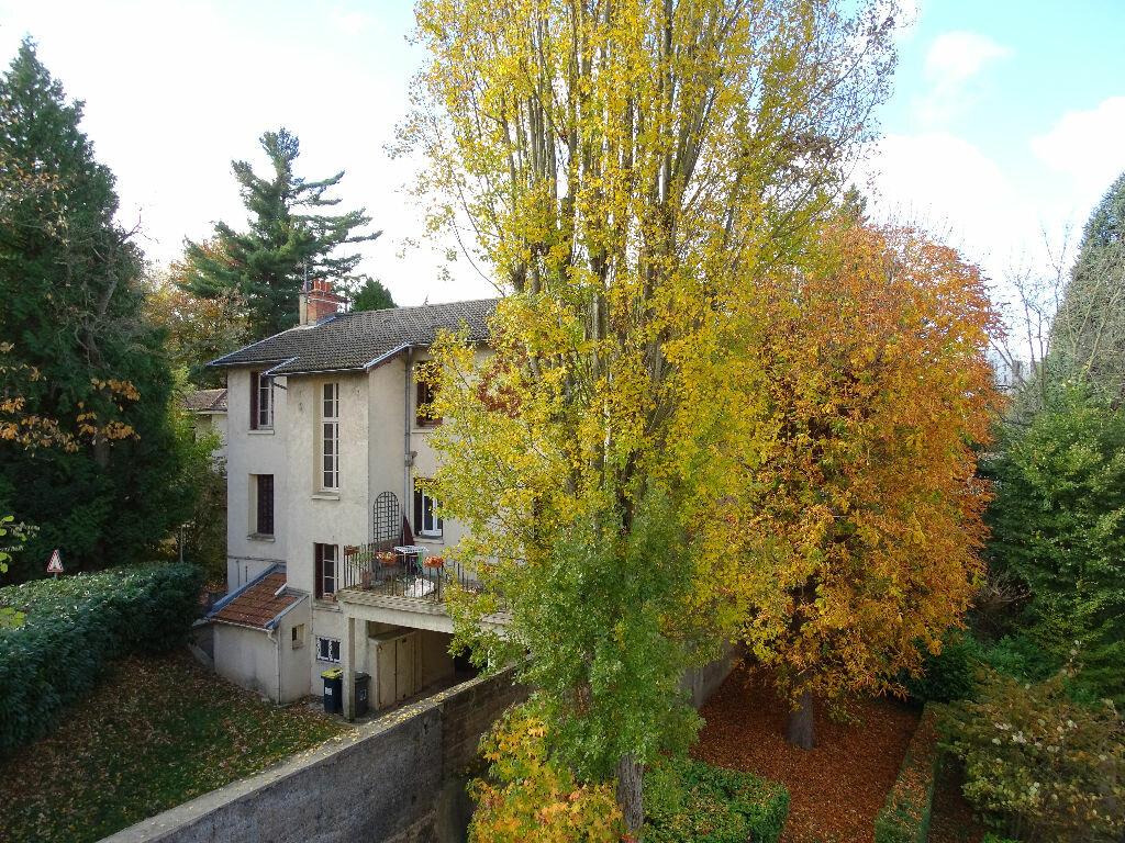 Achat Appartement 4 pièces à Saint-Étienne - vignette-8