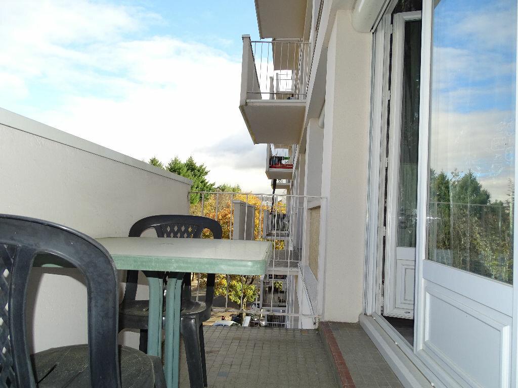 Achat Appartement 4 pièces à Saint-Étienne - vignette-13