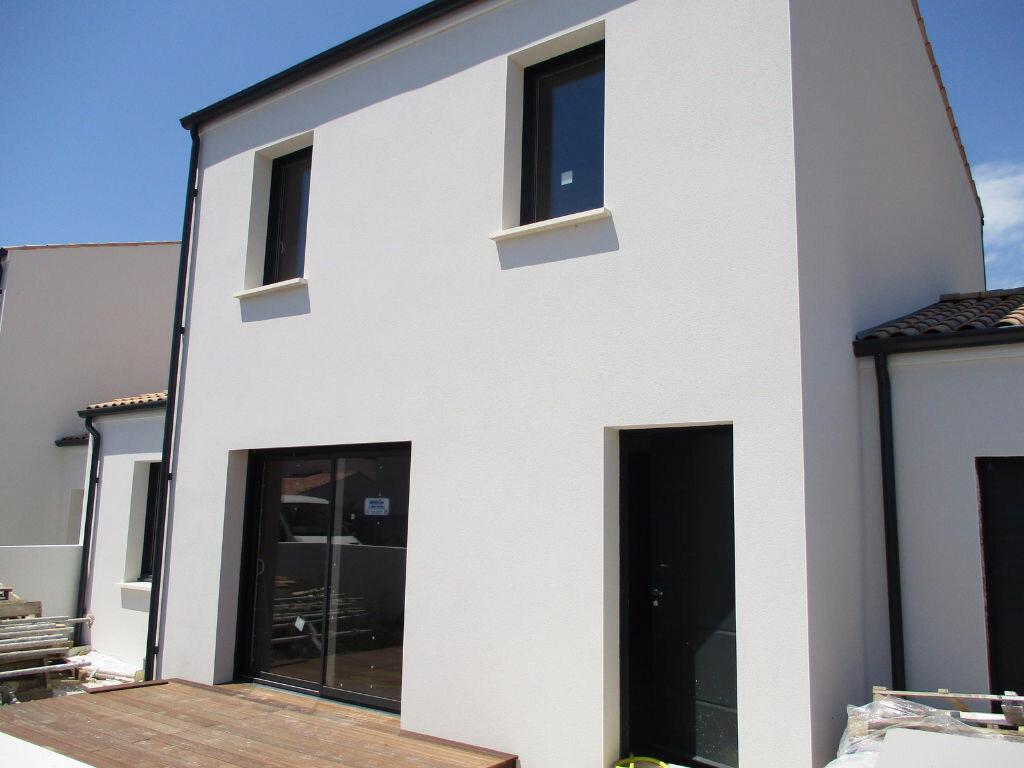 Achat Maison 4 pièces à Vaux-sur-Mer - vignette-3