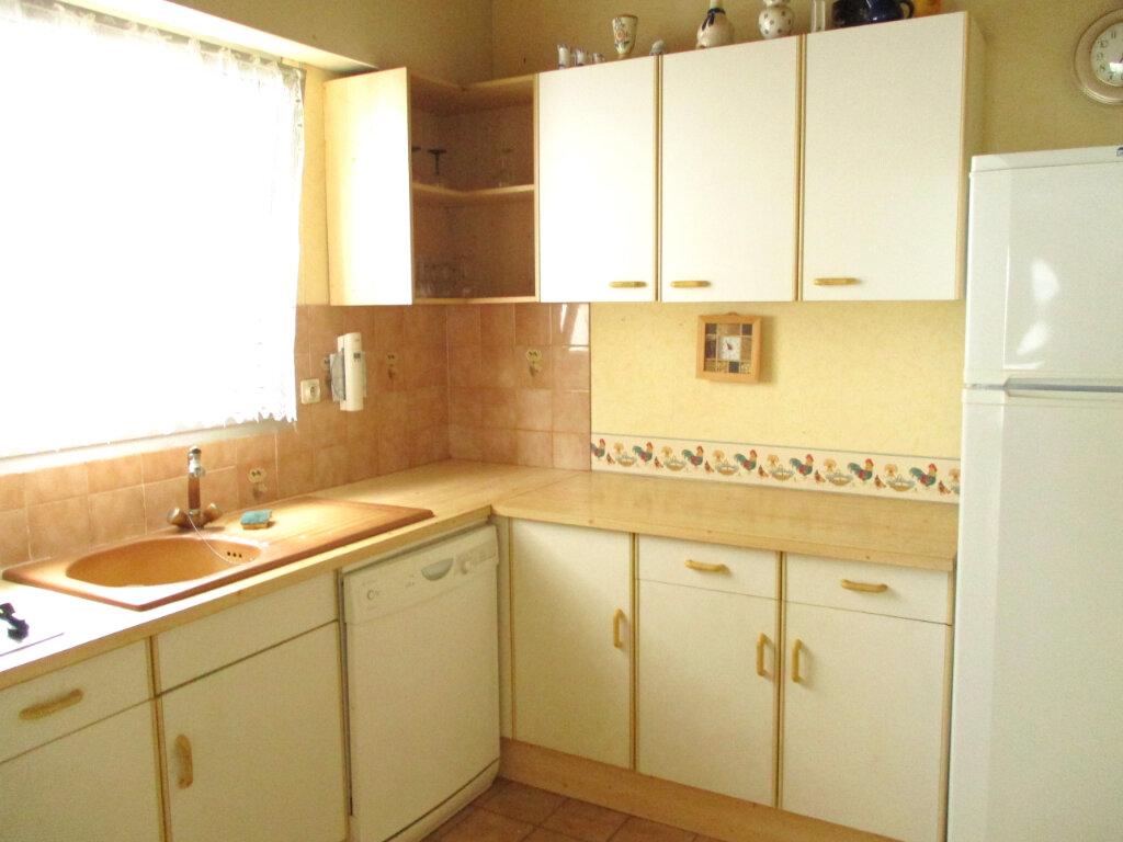 Achat Appartement 5 pièces à Royan - vignette-3