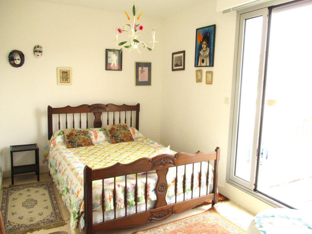 Achat Appartement 5 pièces à Royan - vignette-4