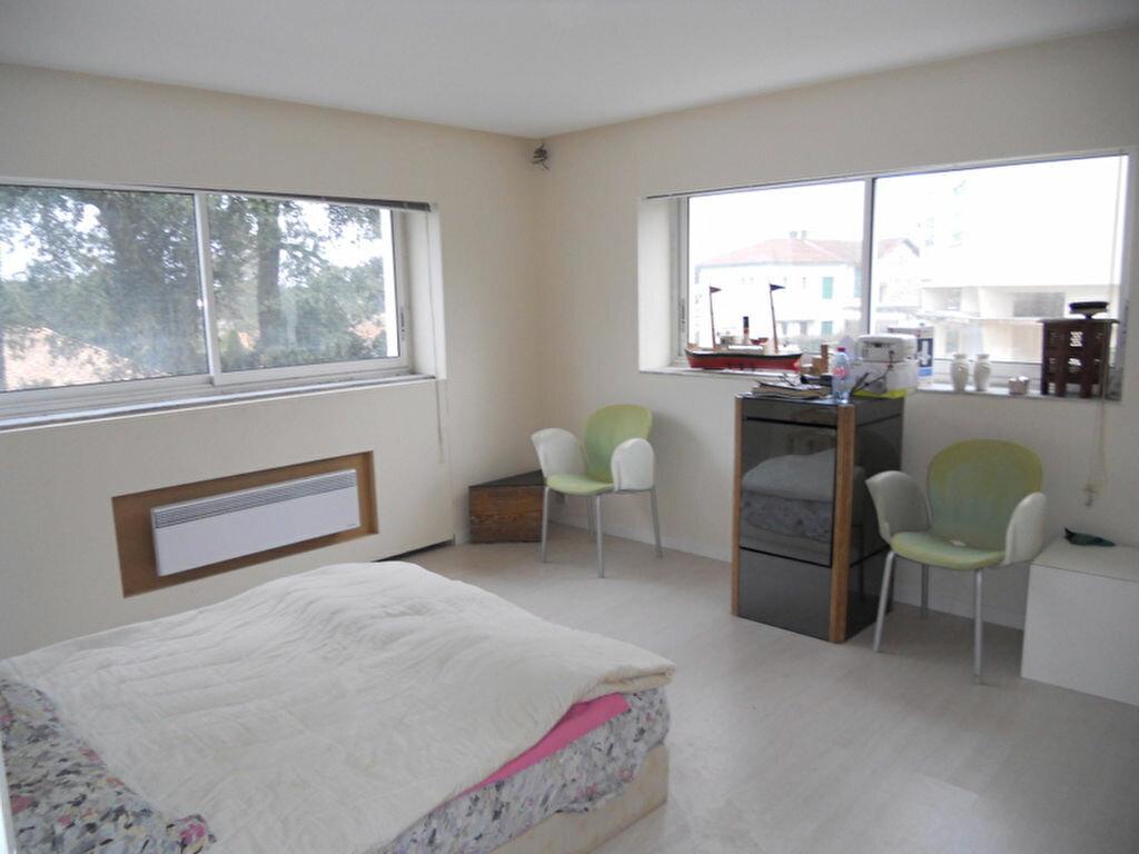 Achat Appartement 5 pièces à Saint-Palais-sur-Mer - vignette-5