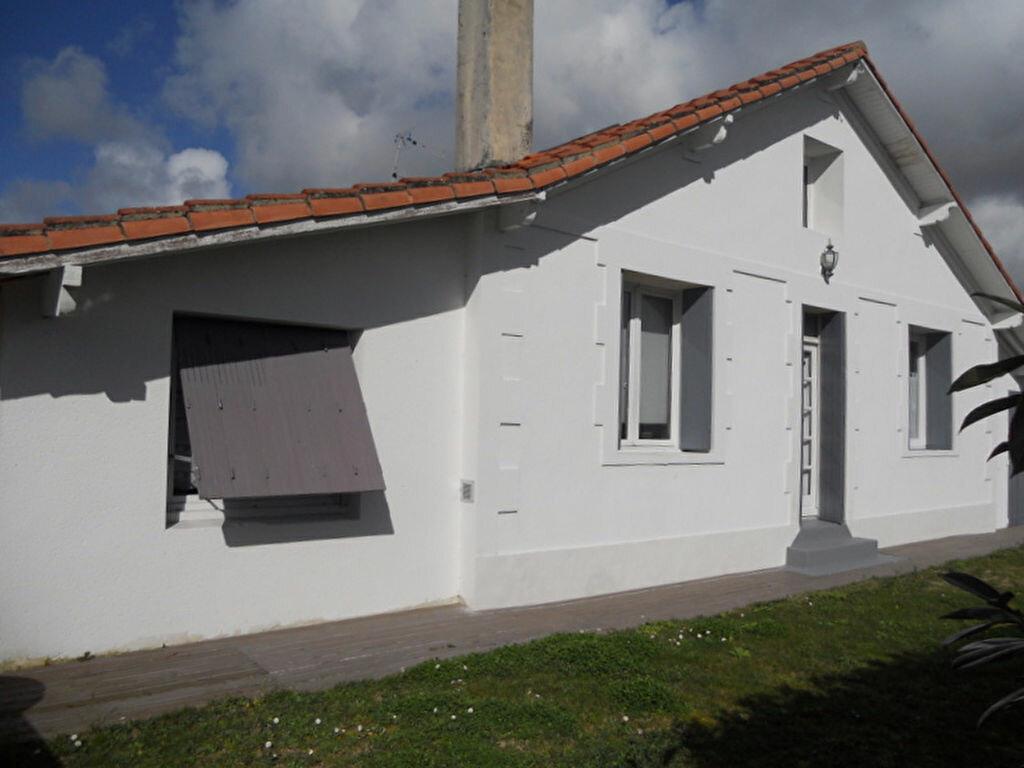 Achat Maison 8 pièces à Saint-Sulpice-de-Royan - vignette-5